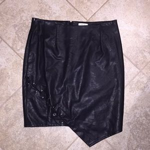 Tobi leather skirt